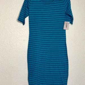 LULAROE TURQUOISE COLOR STRIPED T-SHIRT DRESS